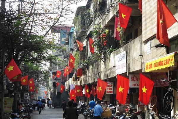 vietnamesische-flaggen5564e841b9b77